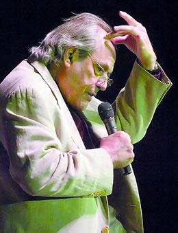 Robert Klein performing. (Kent Warneke, Norfolk Daily News)