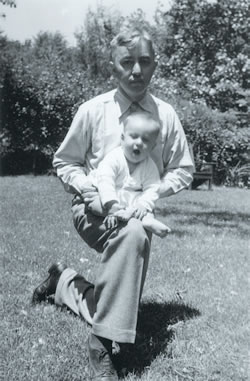 Admiral Rickover with his son Robert in 1941