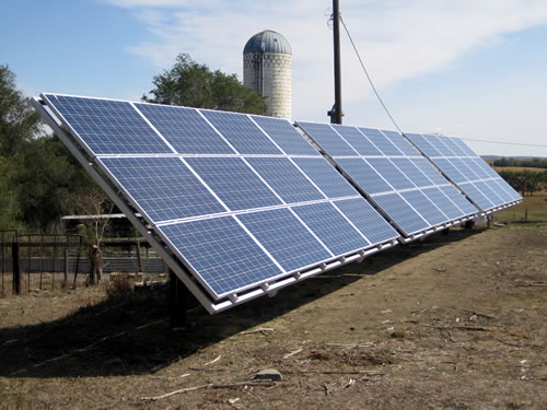 A solar photovoltaic system designed for farm-sized loads. (Martin Kleinschmit)