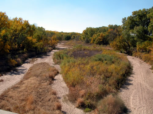A very dry Republican River, Furnas County, 2003. (Dr. Ken Dewey, School of Natural Resources, UNL)